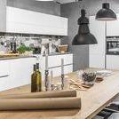 PROGRAM CALMA BIAŁY MATOWY /  Kuchnia marki WFM KUCHNIE. Program CALMA biały mat. Projektant: Luca Tormena. Kuchnia, która również może być miejscem pracy i spotkań ze znajomymi.