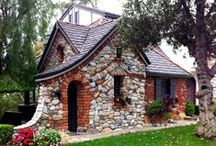 Tiny Abodes / Fancy sheds, Little buildings, Tiny spaces / by Pamela Brandvold