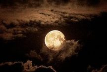 @@ Sister Moon @@ / The night walked down the sky with the moon in her hand...