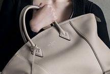 #BAGS / by Het Style Bureau