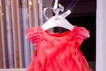 ✕ Couture Boys & Girls Summer 15  ✕ / Envol de papillons sur organza, semis de fleurs brodées et cascade de tulles aux coloris de fleurs pour des robes vaporeuses ...l'été sera chic chez Catimini