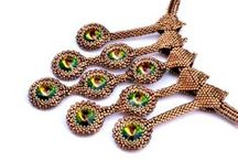 Beaded pendants / Wisiory