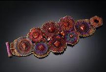 Beaded bracelets / bransoletki; jewerly