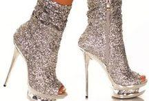 Shoes / buty; szpilki, koturny