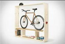 Pyöräily sisustuksessa / Fillarit ei kuulu autotalliin. Jos se ei mahdu olohuoneen seinälle, niin tästä taulusta löytynee vaihtoehtoisia sisustusideoita.