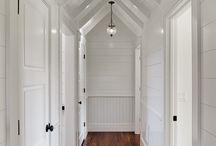 Entry + hall / by Jessica Hendricks