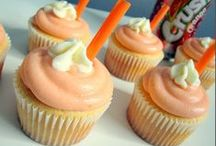 Cakes and Cupcakes / by Sweet Tooth, Sweet Life