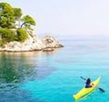 Kayaking / The Adriatic Sea is warm and clear, with clean water and insignificant tides. Strong currents are rare, big waves as well. Nasty winds are rare and predictible. With over a 1000 islands, sea kayaking in Croatia is fantastic. There are sandy beaches in Croatia, but gravel and rocks of all kinds are most likely to be found in coastal areas and on islands. You will experience sea kayaking past huge rocks and below high cliffs, explore the caves and relax in hidden coves.