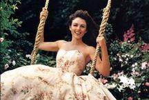 We Be Swinging / by JoAnn Shoe Queen 2