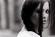 FEMMES in MONOCHROME / Femmes in black & white