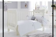 Gender Neutral Cot Bed Bedding / Designing a gender neutral doesn't have to be boring! Clair de Lune has plenty of Quilt and Bumper sets in greys, creams and white for both modern and traditional nurseries. Perfect for baby boys and girls!
