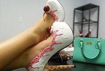 Shoes - Todo es tan Queralt / Zapatos originales, que describen, acompañan e ilusionan