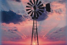 Windmills, Barns, Lighthouses, Gristmills / by Cheri Connell