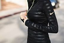 s p o r t / sport, exercises, sporty fashion, workout wear