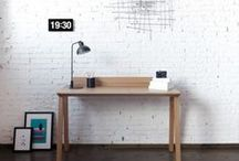 Ernest desk / Desk developed for the company Puntmobles. The wiring solution is integrated in it, getting a tradicional and romantic piece responding to the needs of the twentyfirst century.