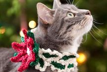 Christmas Cats / Cats at Christmastime and Christmas cat art and crafts