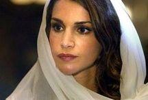 21. Royal: Queen Rania / Rania von Jordanien ist als Gemahlin Abdullahs II. seit 1999 Königin von Jordanien / Geb. 1970 in Kuwait-Stadt, Kuwait / Größe 1,67 m