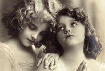 Children's Photography I Love / by Alicia Nikole
