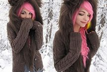 Hair  / Colorful hair that I wish I could have all of! / by Michaiah Katsma