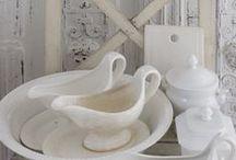 Bílé nádobí - White dishes