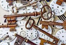 Hodiny, budíky, klíče
