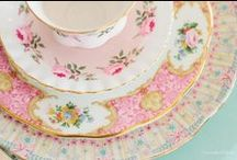 Gorgeous teacups and vintage china / Stunning pieces that have stood the test of time