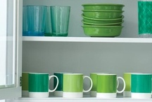 Color: Emerald Pantone Color 2013