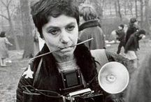 Diane Arbus (1923-1971) / Diane Arbus (March 14, 1923 – July 26, 1971) was an American photographer and writer noted for photographs of marginalised people—dwarfs, giants, transgender people, nudists, circus performers—and others whose normality was perceived by the general populace as ugly or surreal.