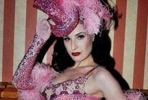 Burlesque 2 / Beautiful!