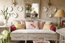 Chic Country Home Decor & Living Spaces / Country Living Spaces, Farmhouses & Decor from Around the Globe.  Sophisticated to rustic, with a special inspiration from the country home of France & Italy.
