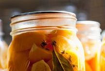 Well Preserved / The ancient art of preserving food. Everything for canning and preserving low-acid to high-acid foods.