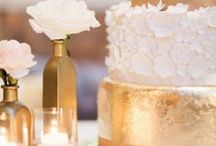 Glittering Gold Glamour / Ideas to add a little sparkle to your special day!
