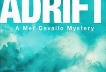 ADRIFT (Mer Cavallo Mystery, 1) / A marine scientist struggles to debunk paranormal explanations after the leader of a ghost-hunting documentary crew vanishes during a dive she's leading on a Florida Keys shipwreck.