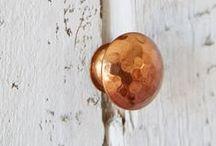 HOME DECOR [ Copper + Design + Accessories ] / Copper and Rose Gold is right on trend | A collection of ideas for copper inspired home decor using copper paint, copper pipe, copper metal, small copper appliances, copper tiles, rose gold accessories by Anthi Leoni Decor