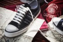 Walking through horizons - vintage footwear