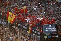 La Roja / Visca el Barca, Visca España!