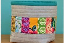 Quilted Baskets / Ideas and desgins for quilted / sewing baskets