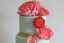 Decorative Cakes / Cakes made with extruders, texture sheets, cutters, molded or hand-made decorative elements.  Makin's Clay® is perfect for creating cake toppers and decorative embellishments as it's non-toxic and lightweight. Makin's Brand® tools are widely used by the cake decorating industry.