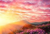 Travel: Sunrises around the world / Waking up around the world from a different point of view.