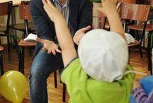 """""""Kiedy uśmiecha się dziecko, uśmiecha się cały świat"""" / Cieszymy się , kiedy możemy podarować uśmiech na twarzyczkach dzieci z Domu Dziecka."""