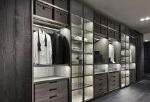 Walk-in Wardrobe / Closet