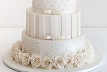 Wedding Cake Love / Beautiful wedding cakes that I admire and would LOVE to see my cake pulls on!