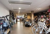Fietsen / onze Cortina en Thompson fietsen, maar ook gewoon super coole fietsen die de moeite waard zijn