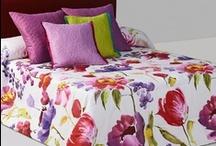 Textil para cama / Dentro de nuestra categoría de textil para cama, pueden encontrar una amplia gama de artículos de las más reconocidas firmas tanto a nivel nacional como internacional.