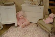 Alfombras Infantiles y Juveniles / En nuestra categoría de alfombras infantiles y juveniles, podrá encontrar desde alfombras lavables para habitaciones de bebé a alfombras de lana o acrílicas para los más grandes.