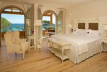 Hotel La Villa del Re #Rooms 2015/2016 / A shabby-chic style for the Hotel La Villa del Re's rooms which overlook the awesome coast and the sea of Costa Rei, Sardinia, Italy. www.lavilladelre.com