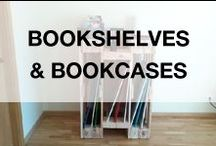 Pallet Bookcases & Bookshelves / Cool ideas to store your books with hundred of bookshelves and bookcases entirely made from discarded wooden pallets. More inspiration here: http://www.1001pallets.com/diy-pallet-furniture/pallet-bookcases-bookshelves/