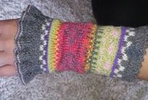 Pulswärmer - bunt und einzigartig / Pulswärmer in leuchtenden Farben und nordischen Mustern