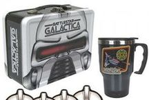 The Geeky Lunch Box / Need a nerdy lunch box to bring your nerdy food with you wherever you go?