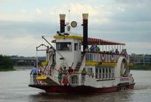River City Star Riverboat / The River City Star Riverboat is a 1940's era, Paddle-style, 2-Level Riverboat that cruises on the Missouri River in Omaha, Nebraska. It features a full bar and restrooms and holds up to 145 passengers. Available for public and private cruises.